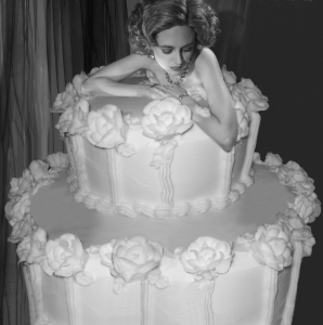 bodyshow cake picture